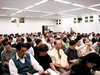基調講演を聴くシンポジウム参加者